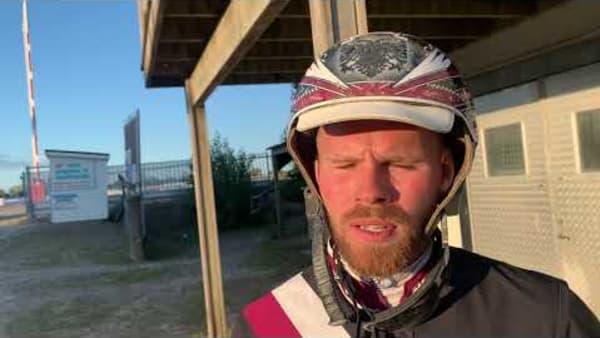 Adrian Kolgjini efter segern med Kali Smart i Stoeliten