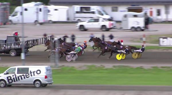 Chestnut Hill tog första segern på svensk mark
